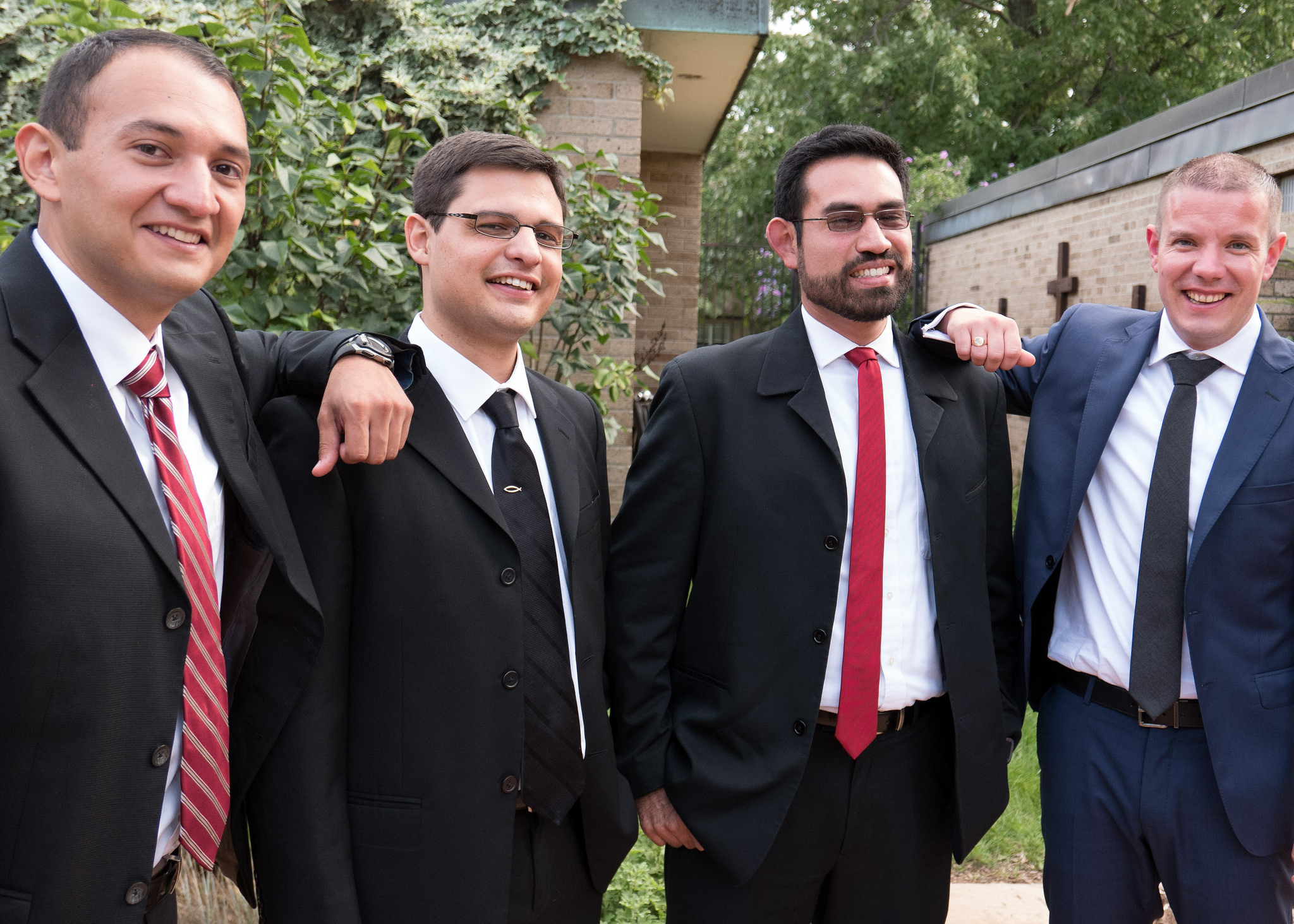 Malaquias, Miguel, Rodrigo y Tadhg Hicieron su Compromiso de por Vida en 2016
